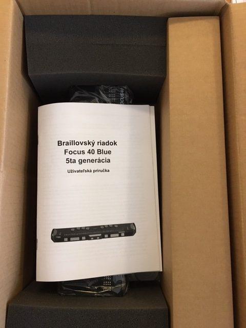 Braillovský riadok v krabici